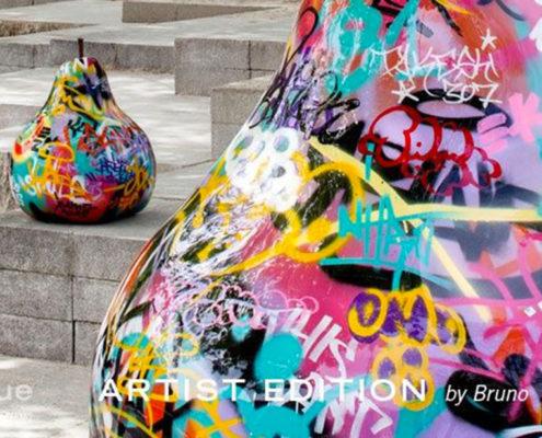 graffiti-pear-sculpture_bull_and_stein