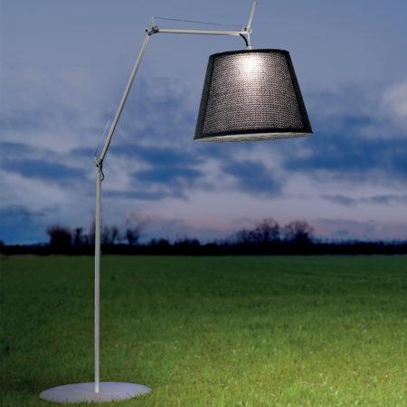 tolomeo-mega-outdoor-floor-lamp-3