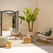elio_easy_chair_sofa_1