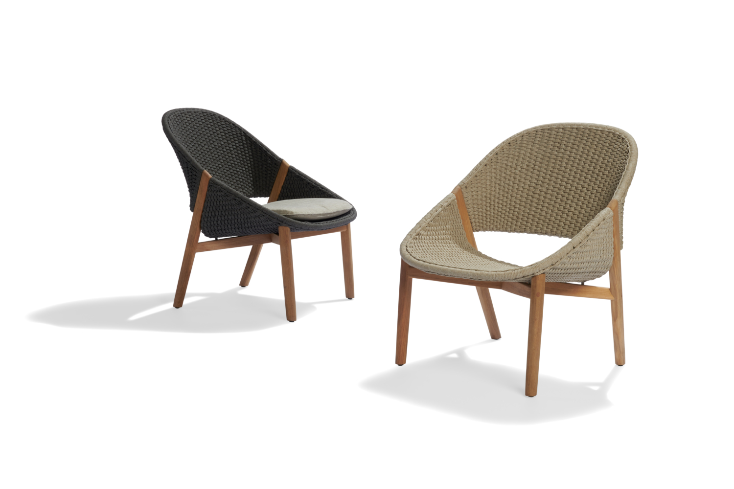elio_easy_chairs