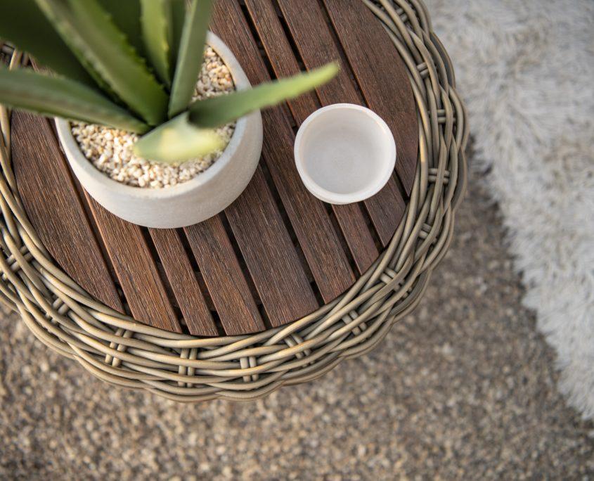 table_basse_ronde_resine_design_tugu_jardinico