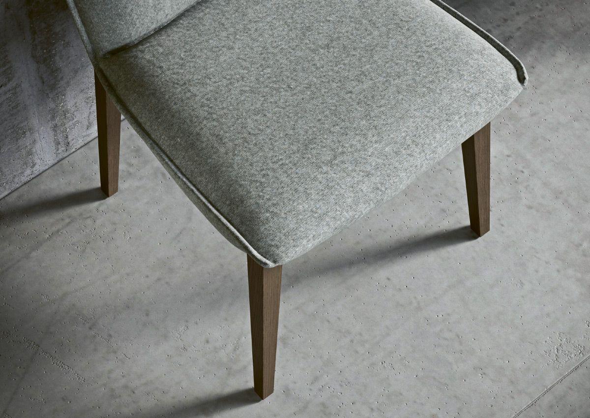 chaise_bon_bon_elegante_confortable
